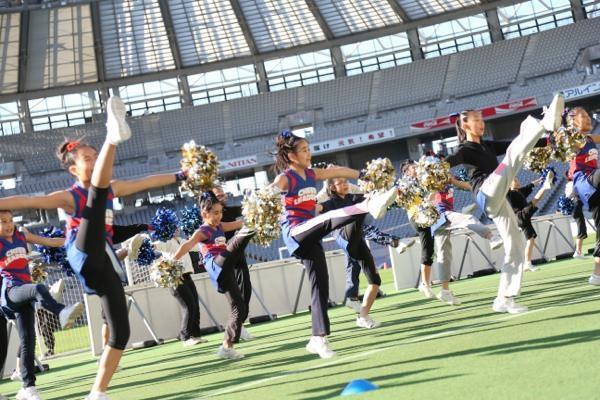 チアらんど-FC東京ーホームゲームーチアスクール出演ー味の素スタジアム20131123_18