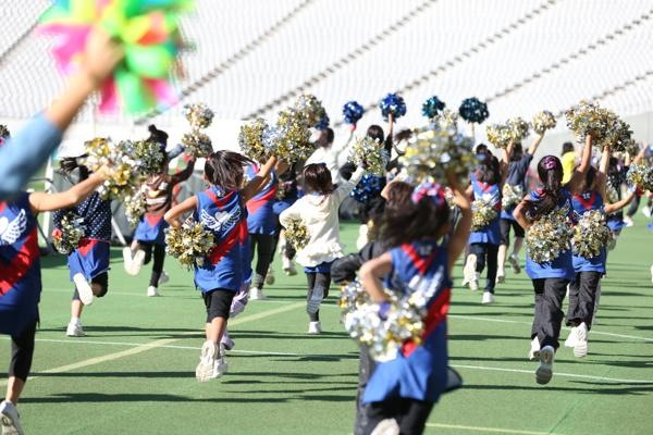 チアらんど-FC東京ーホームゲームーチアスクール出演ー味の素スタジアム20131123_16
