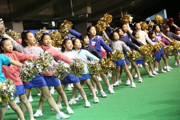 チアらんど-FC東京ーホームゲームーチアスクール出演ー味の素スタジアム20131123_30
