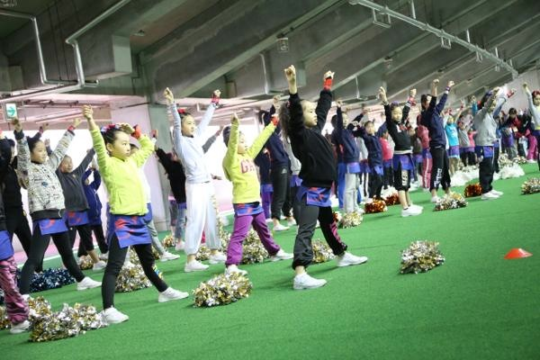 チアらんど-FC東京ーホームゲームーチアスクール出演ー味の素スタジアム20131123_8