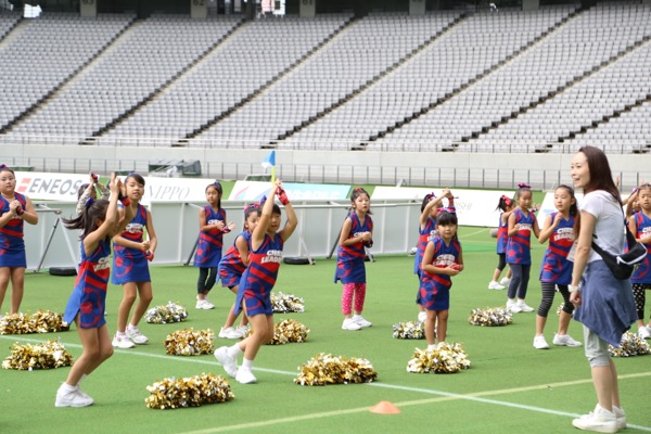 cheerland_2014_0927_FC東京_キッズチア_4