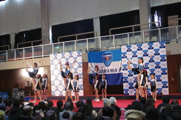 横浜FCチアスクールF!リーダーズ4
