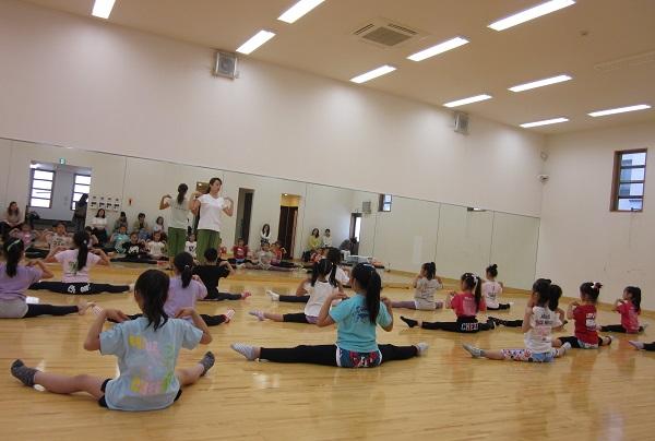 チアリーダーのためのクラシックバレエ教室です